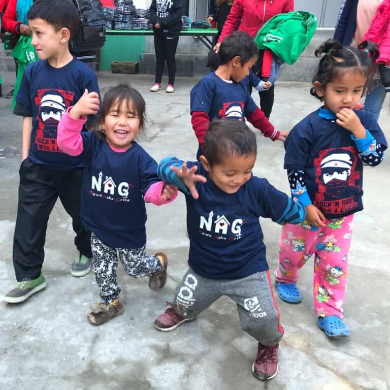 L'unique Foundation plant und realisiert eigene Hilfsprojekte in Nepal