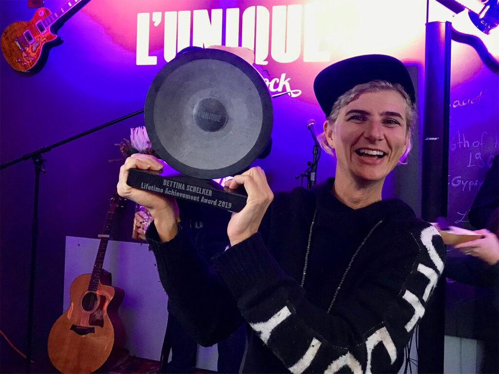 Multitalent und Musikerin Bettina Schelker ist die Gewinnerin des mit CHF 5000 dotierten L'Unique Foundation Lifetime Achievement Award 2019