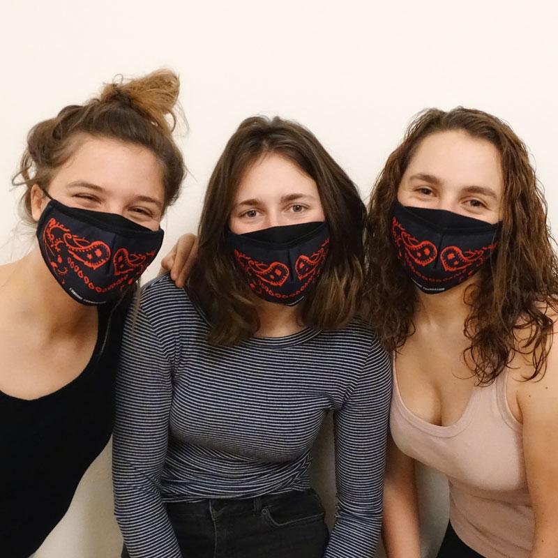 L'Unique Foundation | Shop | Textil-Mundschutzmaske (3-lagig)