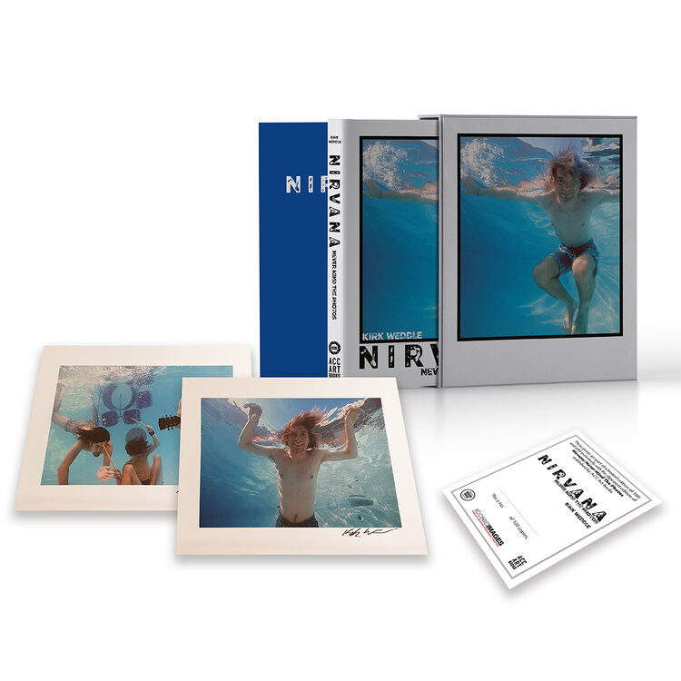 Nirvana - Never Mind The Photos, Deluxe Edition. For the first time in book form the photographer shares his memories from that day, along with his nearly 140 outtakes