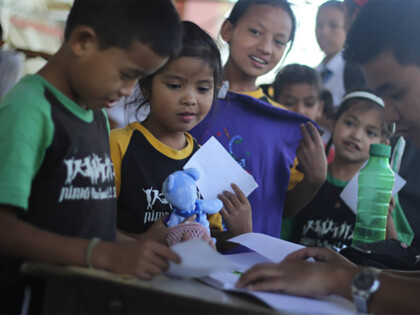 L'Unique Foundation | Projekt Nepal